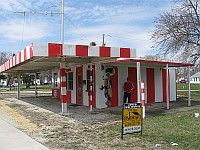 USA - Dwight IL - Abandoned Dawg House on Route 66 Diner (8 Apr 2009)